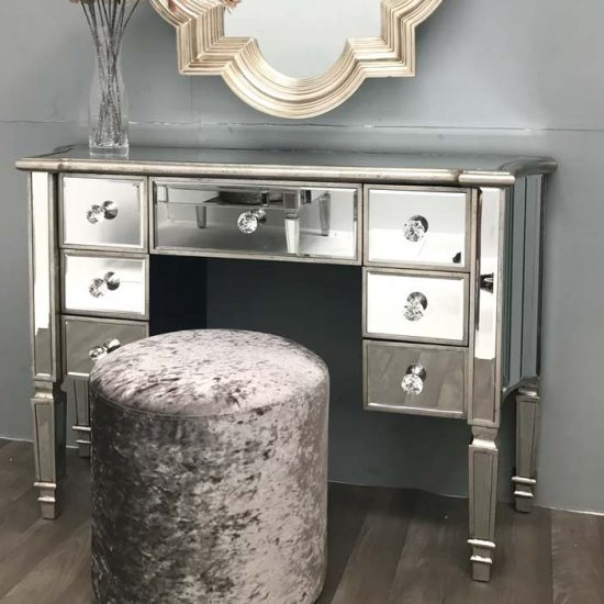 Sandt Dressing Table